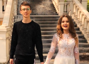 Lonya & Vasya from the music video of 'I Won't Break'