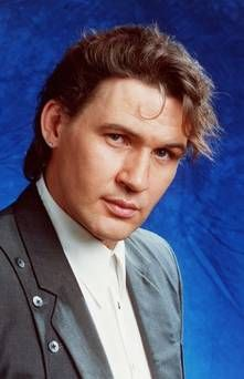 ALL OUT OF LOVE – JOHNNY LOGAN