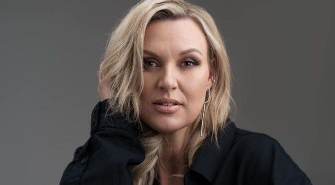 Sanna Nielsen returns with 'Tänker på dig' single