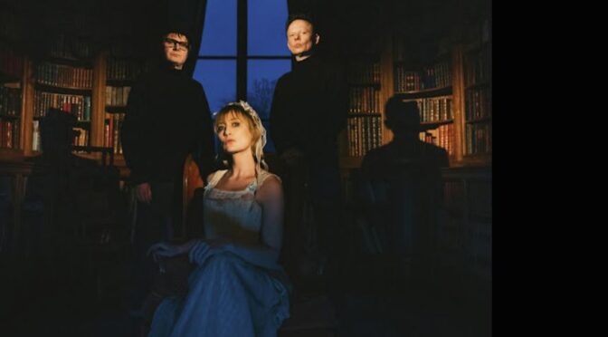 Hooverphonic are 'Thinking About You'