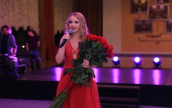 Alyona Lanskaya releases her new song 'Nashe schastye odno na dvoikh'