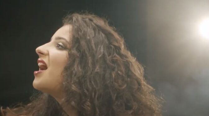 Christina Magrin releases 'Int Biss' music video