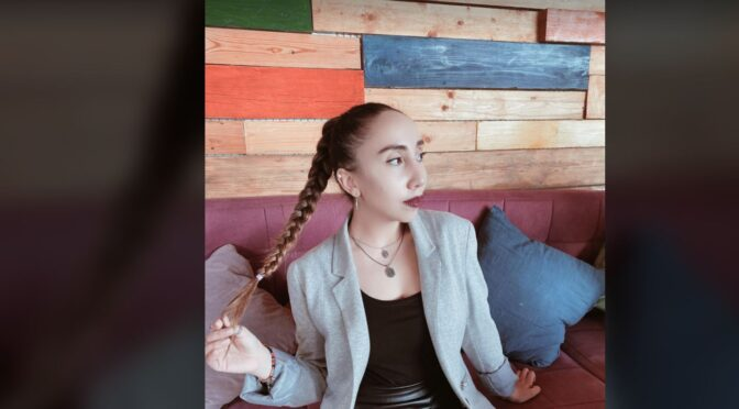 Narè and her sweet soulful version of 'Blue Lights' by Jorja Smith
