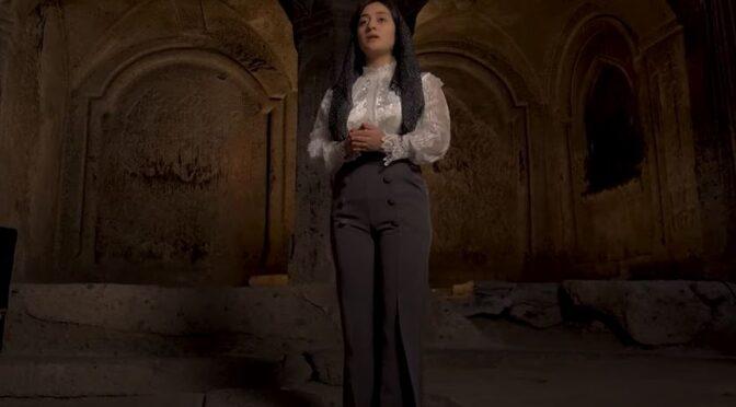 Qnarik Hovhannisyan and her beautiful interpretation of 'Havoun, Havoun'